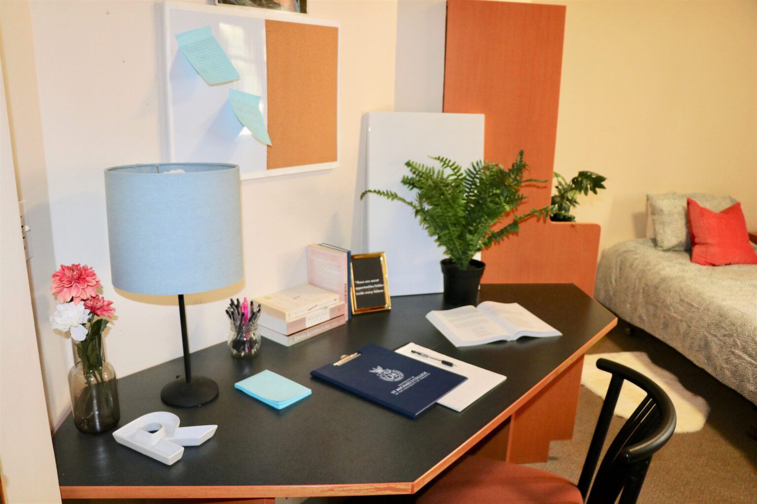 Sorbara Hall - single room; desk and bed